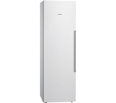 Fritstående køleskab i skab